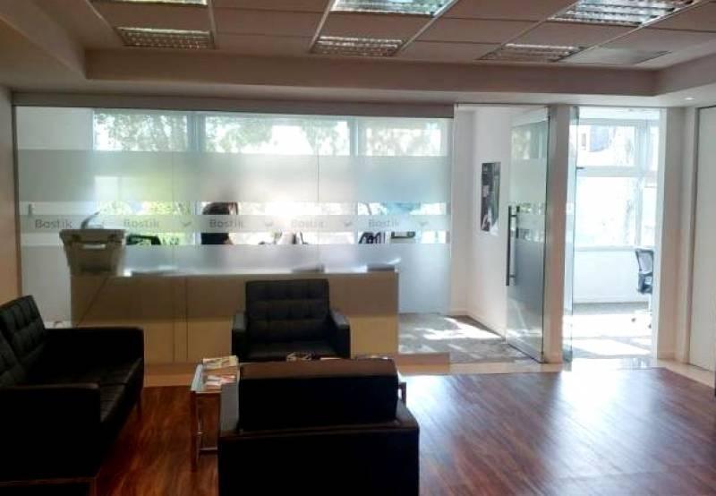 oficinas en alquiler en avenida fondo de la legua, san isidro.