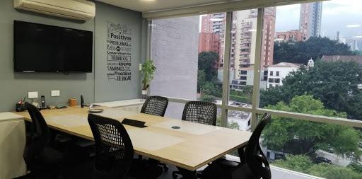 oficinas en arriendo aguacatala 473-7686