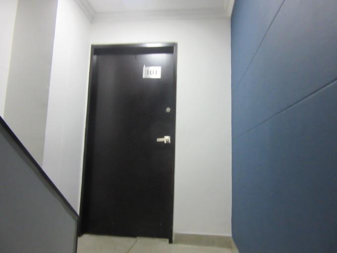 oficinas en arriendo aguacatala 495-38315
