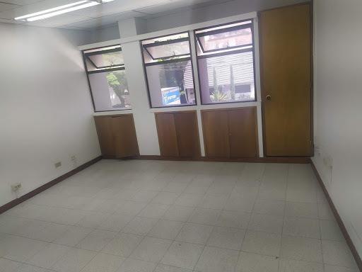 oficinas en arriendo aguacatala 622-13311