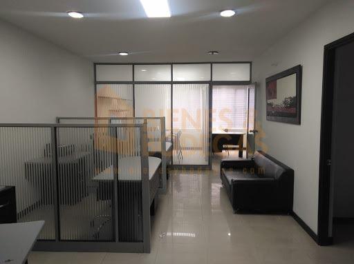 oficinas en arriendo aguacatala 643-3867