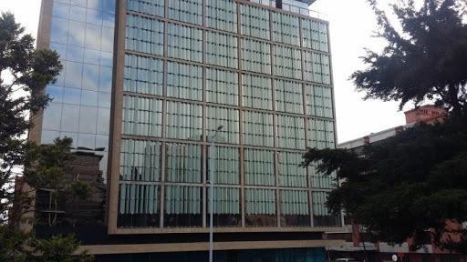 oficinas en arriendo chico navarra 90-56949