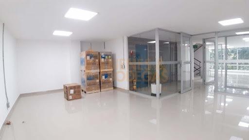 oficinas en arriendo estadio 643-3999