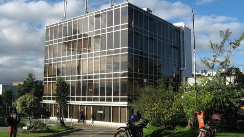 oficinas en arriendo fontibon centro 90-56172
