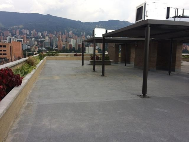 oficinas en arriendo guayabal 473-2996
