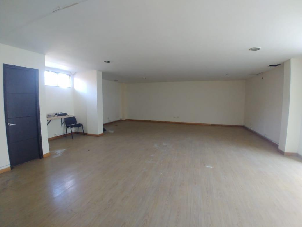 oficinas en arriendo guayabal 495-39016