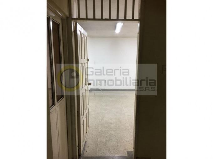 oficinas en arriendo la aurora 704-4489