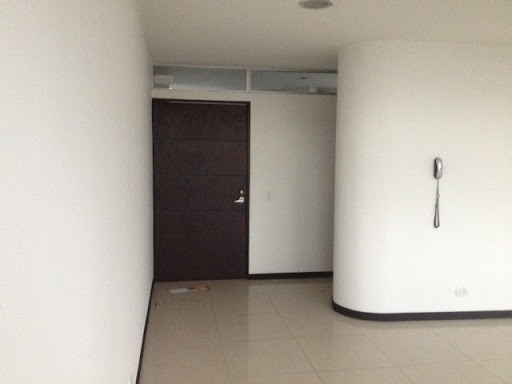 oficinas en arriendo manila 472-975