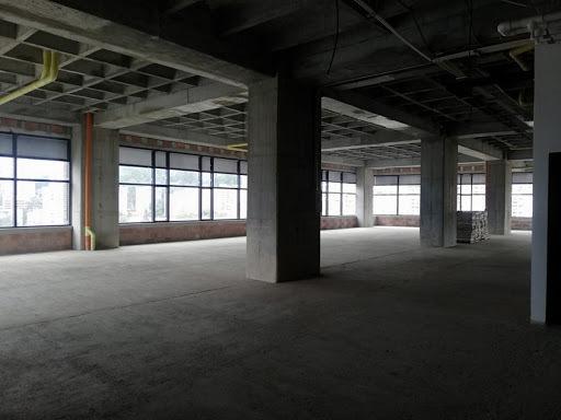 oficinas en arriendo manila 473-7549