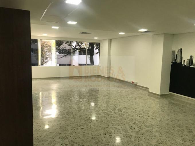 oficinas en arriendo poblado 643-2360