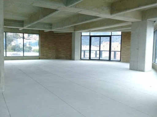 oficinas en arriendo santa barbara 90-56801