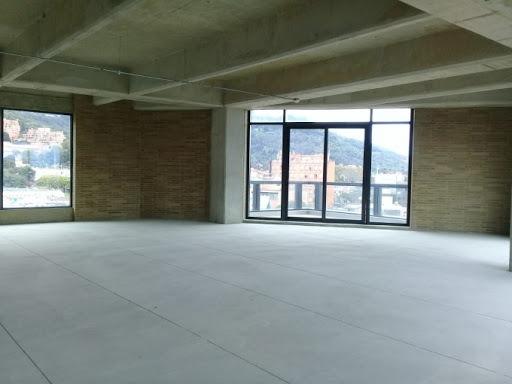 oficinas en arriendo santa barbara 90-56805