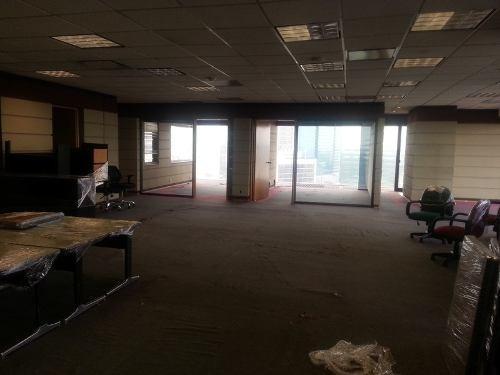 oficinas en campos eliseos aaa