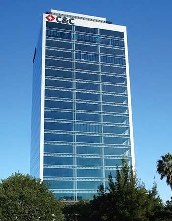 oficinas en corporativo frente a plaza patria