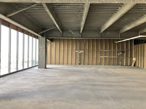 oficinas en obra gris sobre reforma