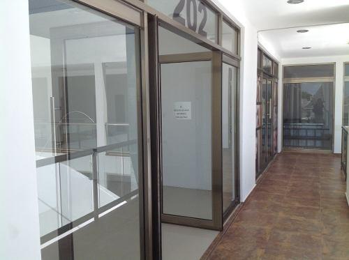 oficinas en palmaris sobre huayacan