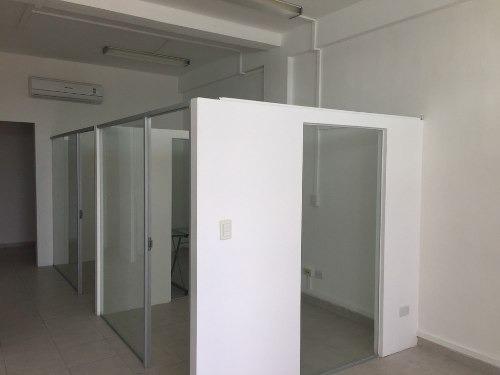oficinas en renta céntricas cancun av kabah desde 50m2 hasta