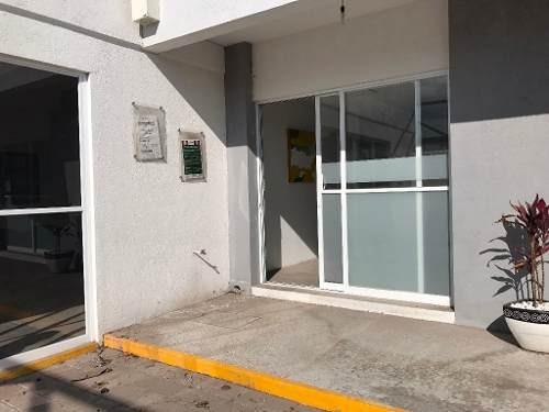 oficinas en renta con excelente ubicación en la aurora.