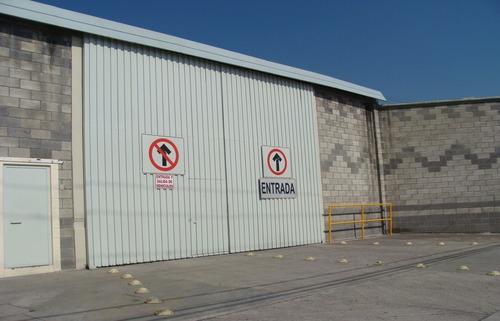 oficinas en renta dentro de parque industrial resurgimiento / centro puebla