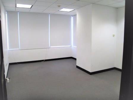 oficinas en renta en valle oriente