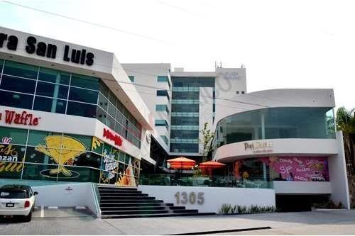 oficinas  en renta lomas del tecnológico, frente plaza san luis.
