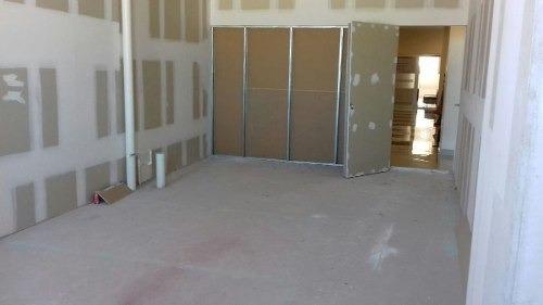 oficinas en torre cénit professional center