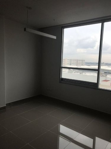 oficinas en torre cénit professional center altabrisa