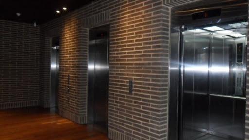 oficinas en venta chicó norte 90-8321