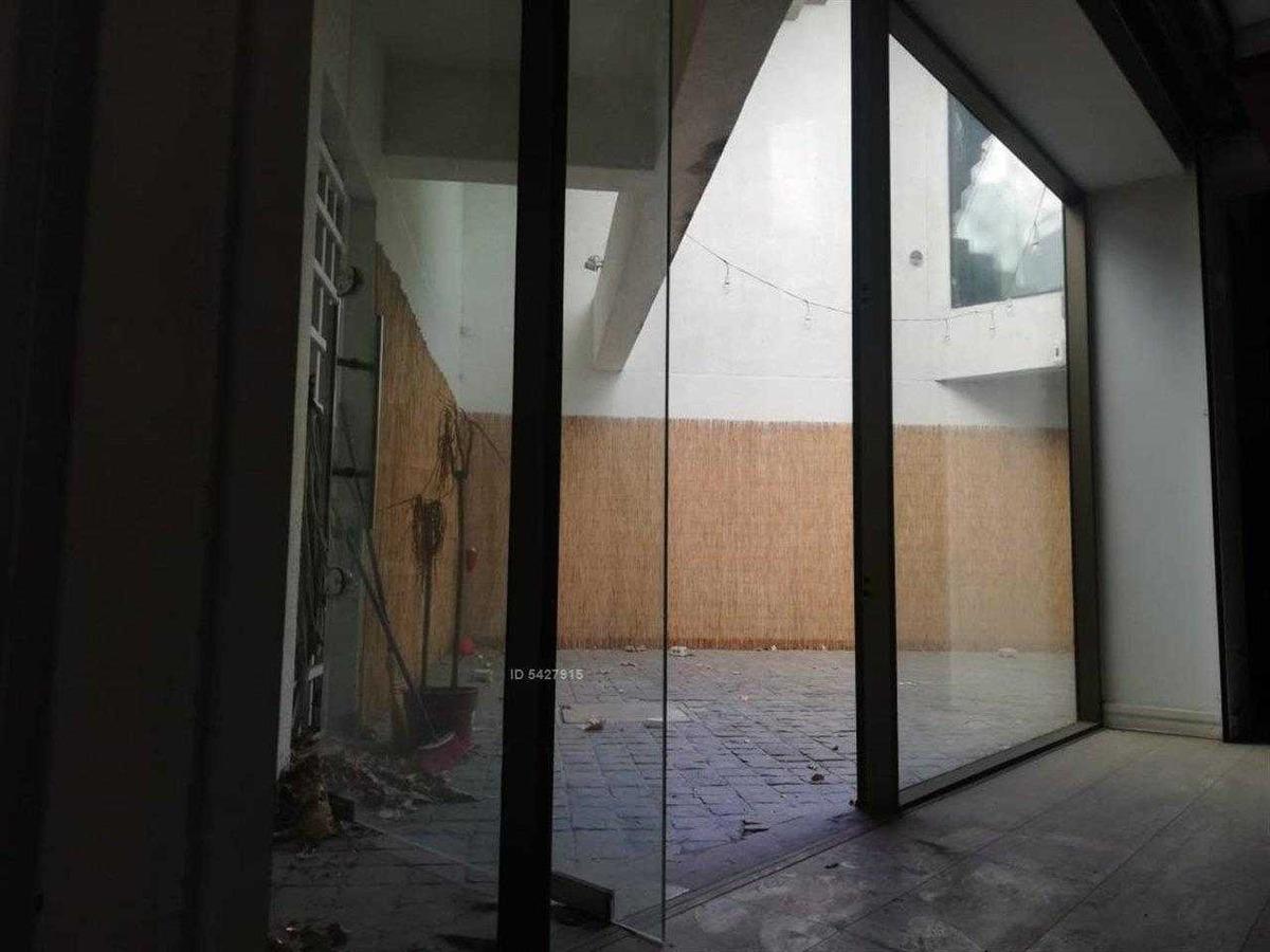 oficinas / locales comerciales  / bodega en av. kennedy con av. manquehue