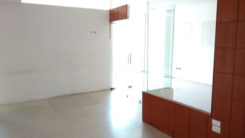 oficinas plaza nayandel 300m2 $94,000