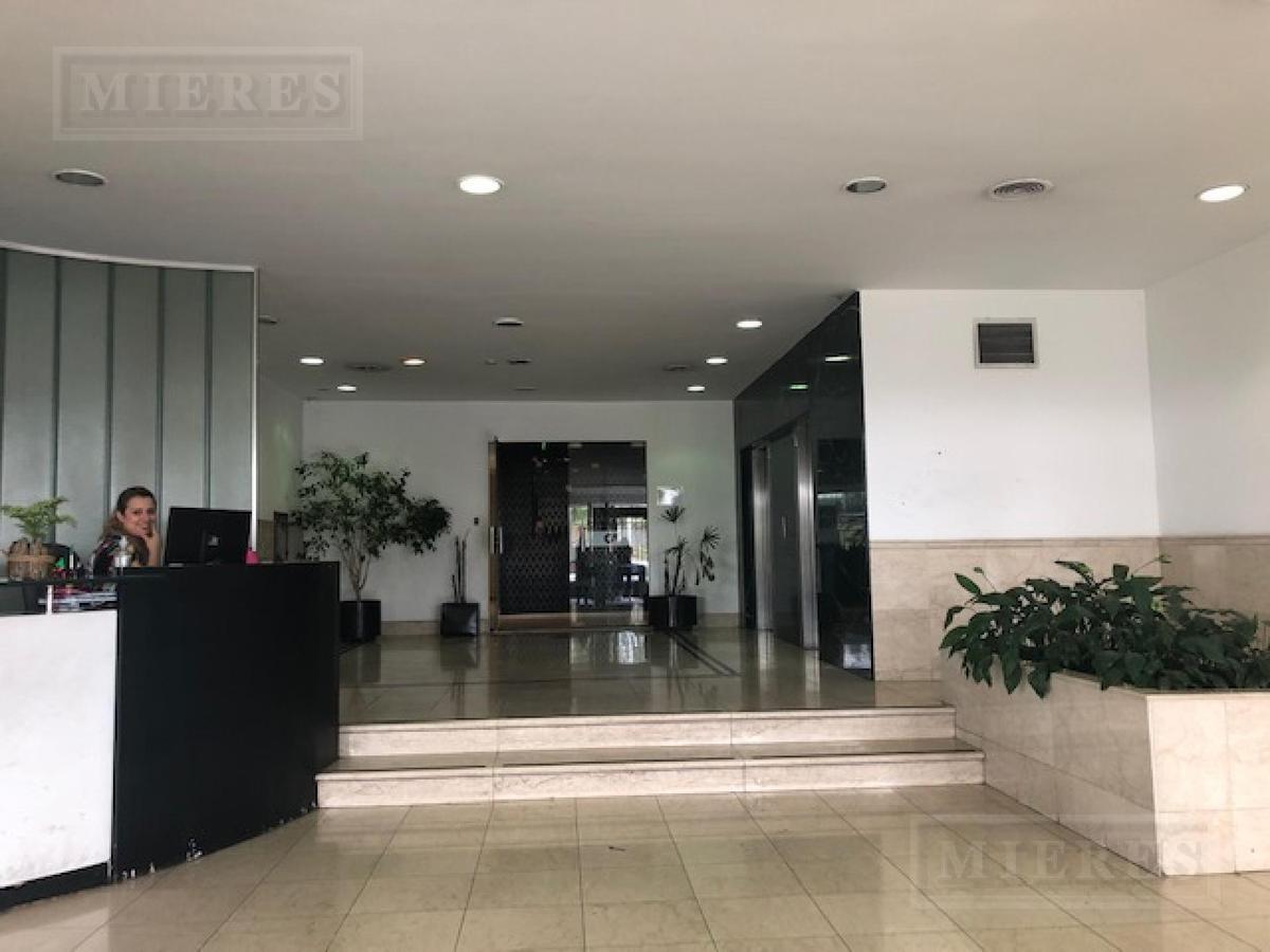 oficinas sobre panamericana en alquiler-vicente lópez
