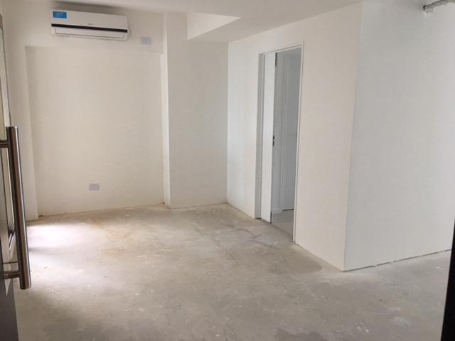 oficinas triple a 2 baños a estrenar liberateur libertador