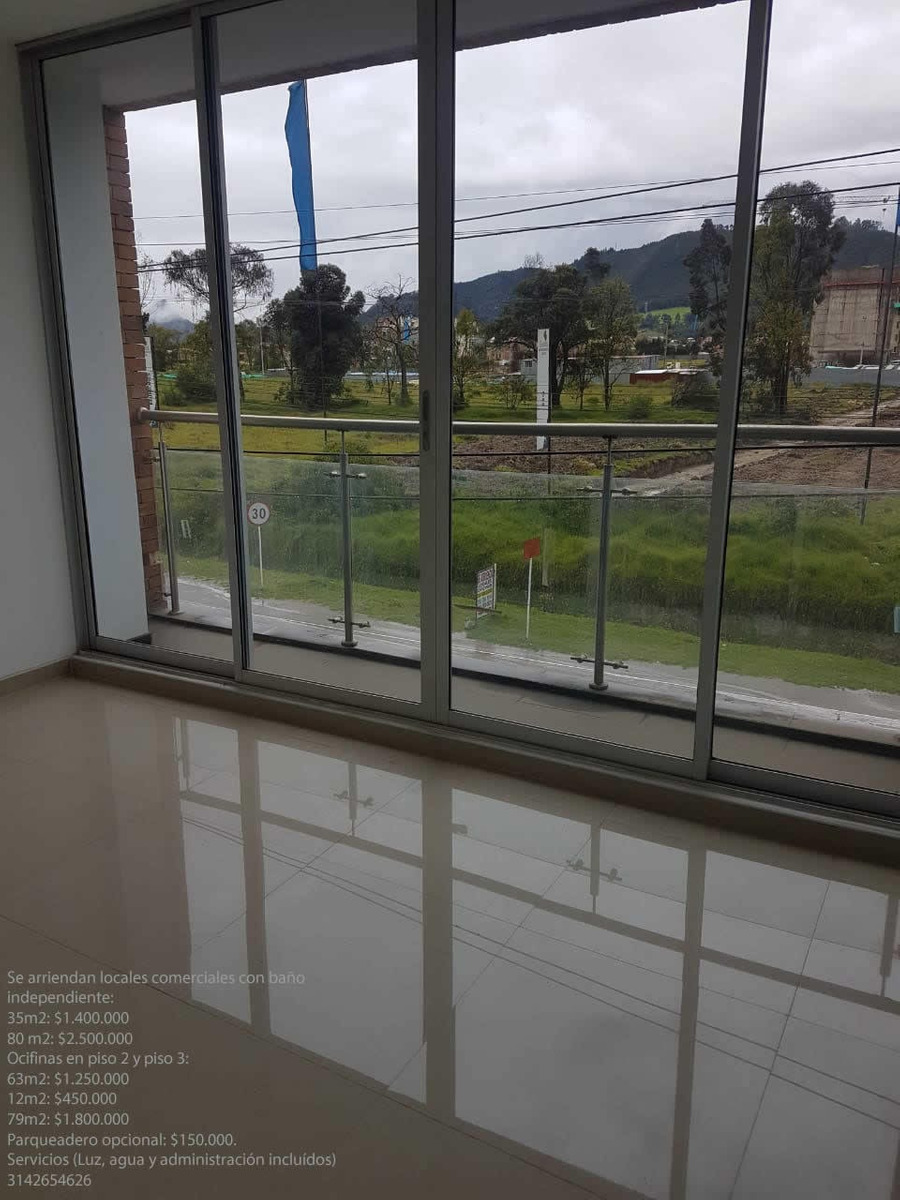 oficinas ubicadas sobre vía principal. nuevas