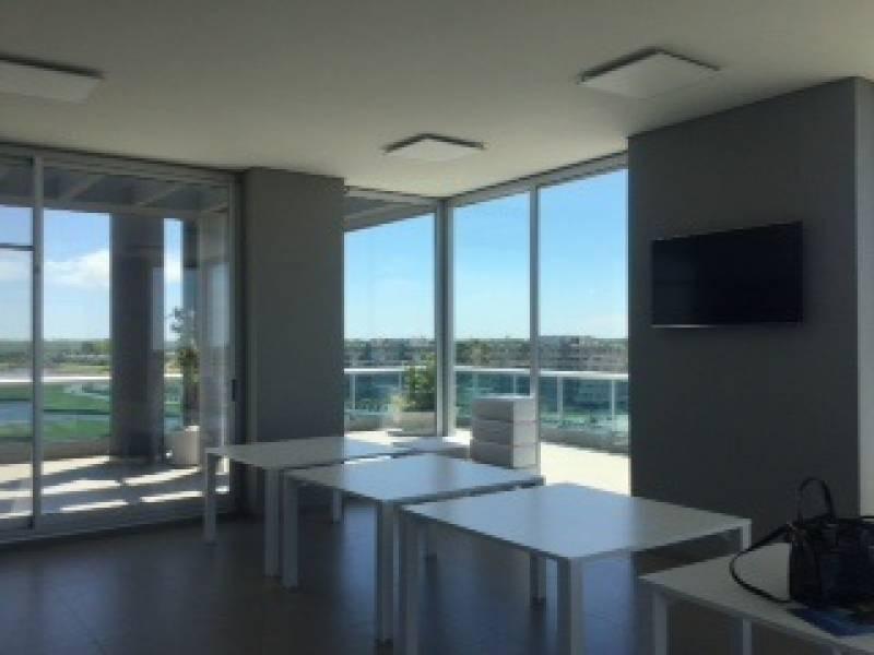 oficinas venta delta 8.