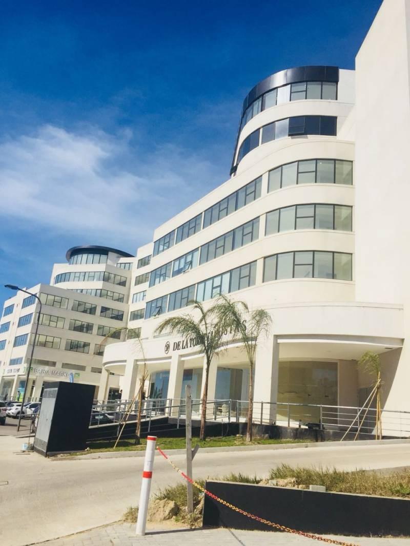 oficinas venta nordelta bahía grande