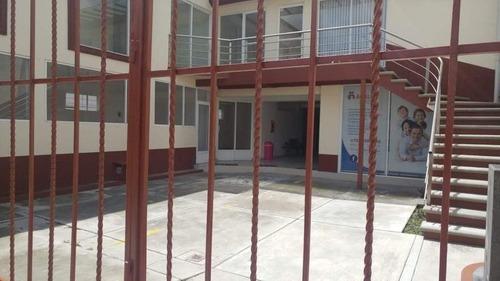 oficinas y consultorios en renta  sobre calle principal en metepec