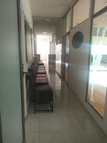 oficinas y despachos en renta sobre av principal