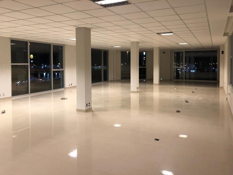 oficinas y local en alquiler en campana. panamericana rotonda mcdonalds