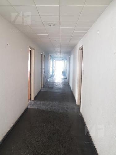 oficinas zona peatonal 9 de julio al 200 - al lado de tarjeta naranja