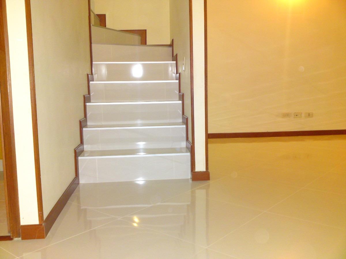 Precio colocar suelo ceramico great affordable antes de for Precio colocacion piso ceramico