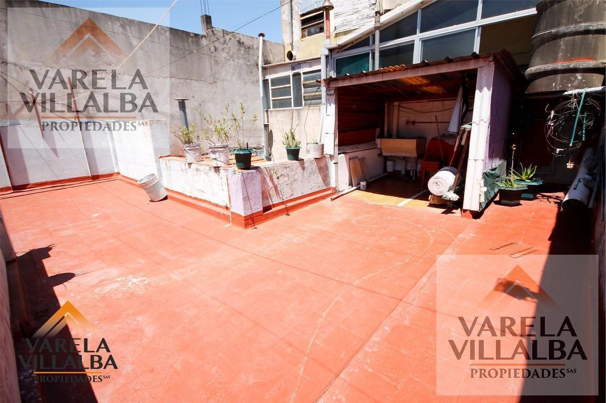 olivera 220: ph 3amb.   2 patios   terraza propia