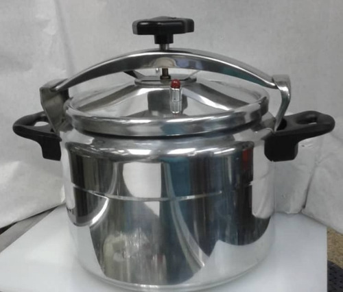 olla de presión de aluminio  de 15 litros importada