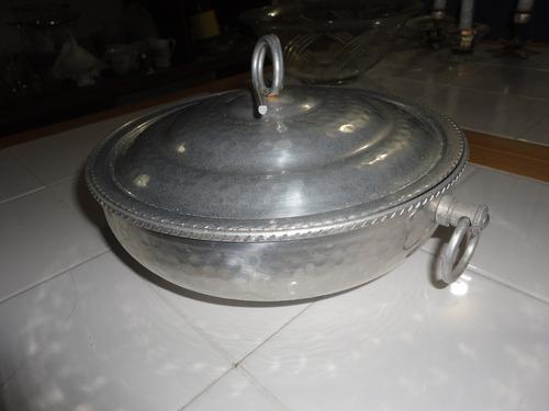 olla plateada.par cocinar en el horno y hornillas refinado