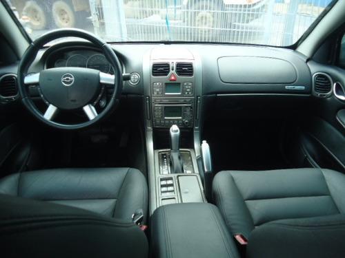 omega 3.6 v6 24v 4p automático 2006