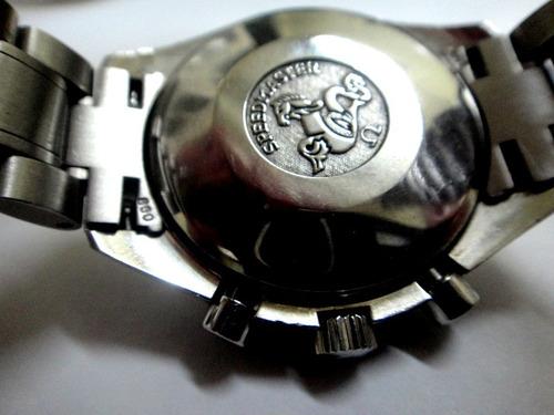 omega  speedmaster  chronograph tri calendário