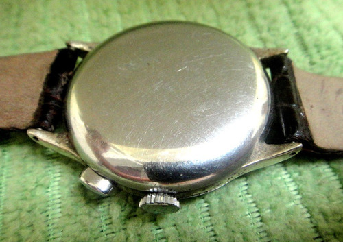 omega tissot chronograph watch co, um ponsoir raro