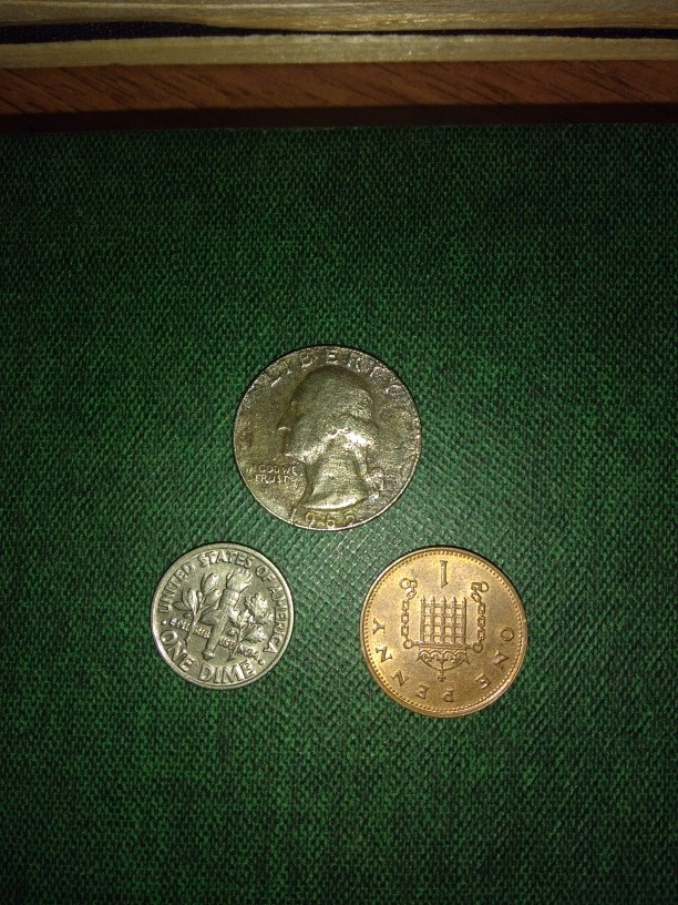 One Quarter Dollar 1965 One Penny 1995 One Dime 1982 - $ 145,00