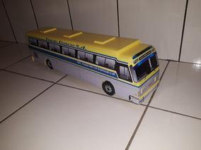 f0c3876fe9 Miniatura Onibus Cometa - Veículos em Miniatura Ônibus em Miniatura no  Mercado Livre Brasil
