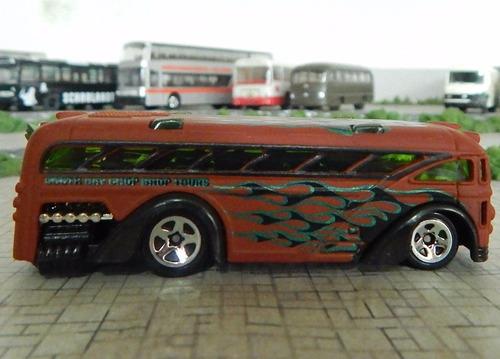 onibus surfin school bus hot whells