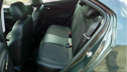 onix ltz 17/18 completo impecável. carro de garagem.